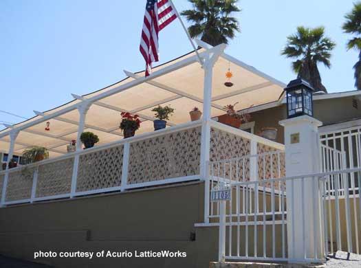 vinyl lattice deck railings
