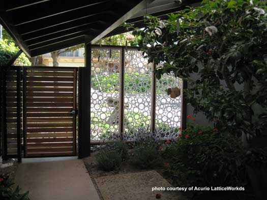 white lattice privacy screen with unique design
