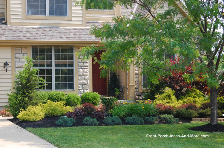 Lewis Center Ohio | Front Yard Landscaping | Front Porch Designs
