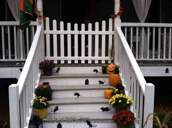 Front porch railings options designs and installation tips for Porch gate plans