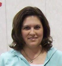 Lori author of Thrifty Decor Mom