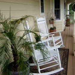Michelle's craftsman style farmhouse and porch