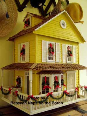 Susan's outside Christmas decorations - on her doll house