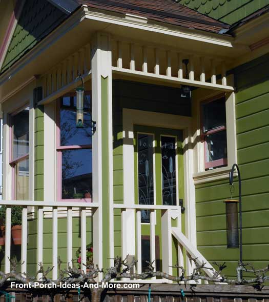Green Front Porch with spandrel
