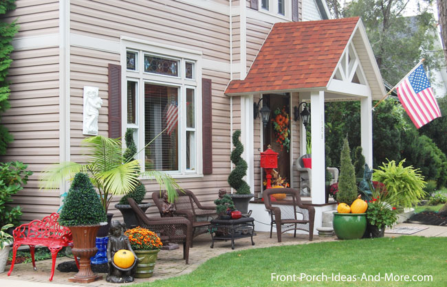 Remodeled Front Porch With Plenty Of Sapce