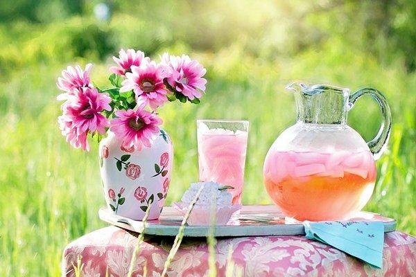 delicious pink lemonade