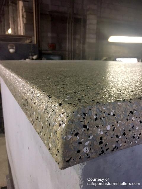 Attractive polyurea floor coating
