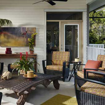 beautifully decorated and furnished porch