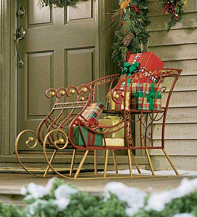 porch decorations - holiday sleigh