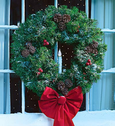 porch decorations - wreath with candle