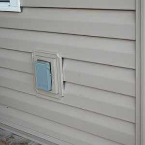 exterior electrical receptacle on porch