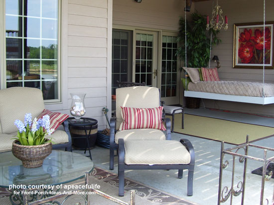 Porch Swing Bed With Comfortable Decor