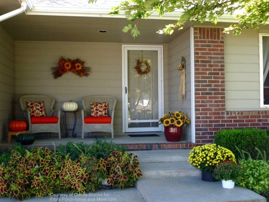 Donna's cute ranch porch ready for autumn