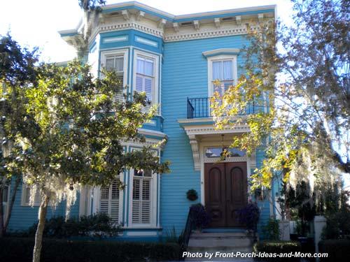 appealing two story home in Savannah Georgia