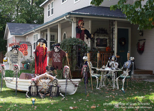 a bit of spooky scenes and halloween porches - Pirate Halloween Decorations