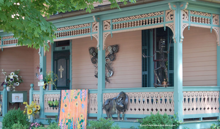 exterior house trim with spandrels