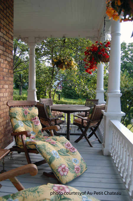 front porch on the Au Petit Chateau Bed and Breakfast
