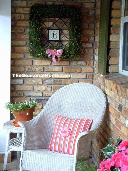 square spring wreath idea