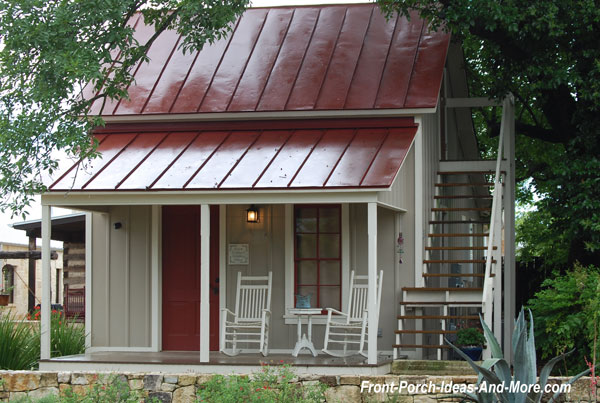 sunday house with front porch in fredericksburg texas