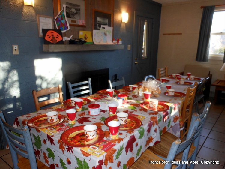 thanksgiving table at cabin