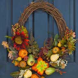 fall wreath - Fall Yard Decorating Ideas