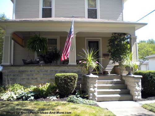 craftsman-style porch columns