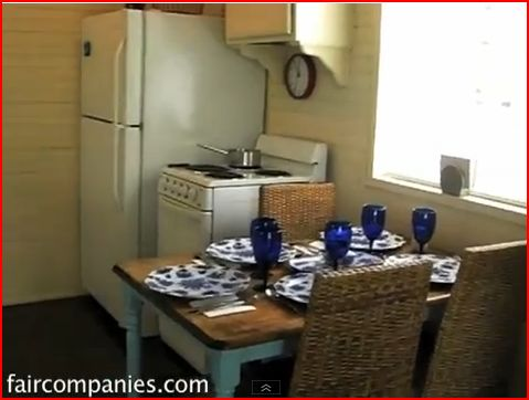 Tiny house design - kitchen table