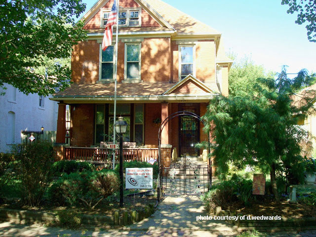 Victorian home and front porch in craftsman style