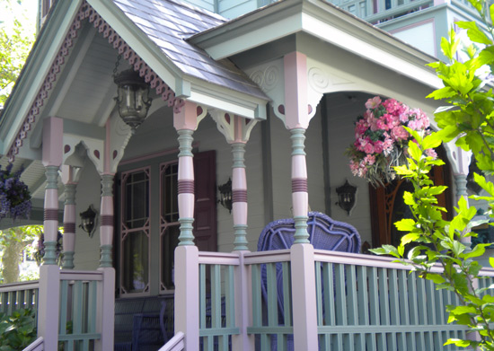 beautifully painted Victorian porch columns