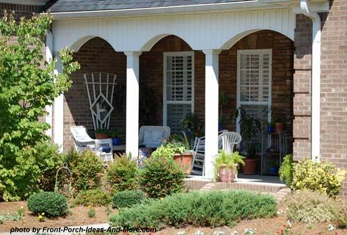 romanesque style front porch columns