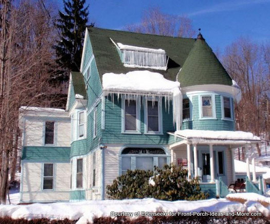 amazing paint and trimwork on this Victorian home