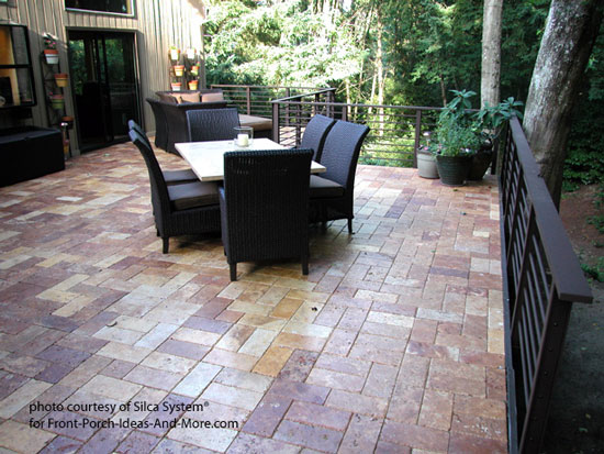 Silca System® deck with stone pavers