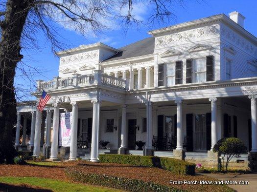 University of Georgia - Iconic columns