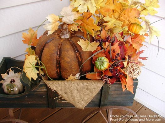 12 easy fall decorating ideas for your porch or yard