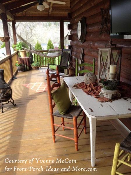 Yvonnes log cabin back porch