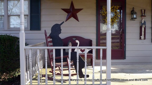 Mne S Porch Has A Decorative Star And An Angel