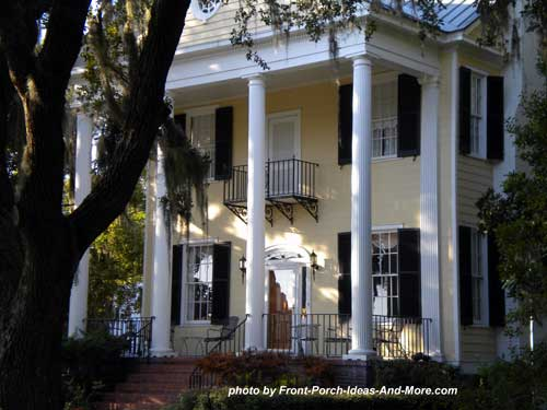 plantation front porch in Beaufort SC