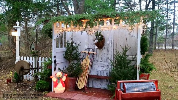 Christmas door display created by Whetstone's Antique