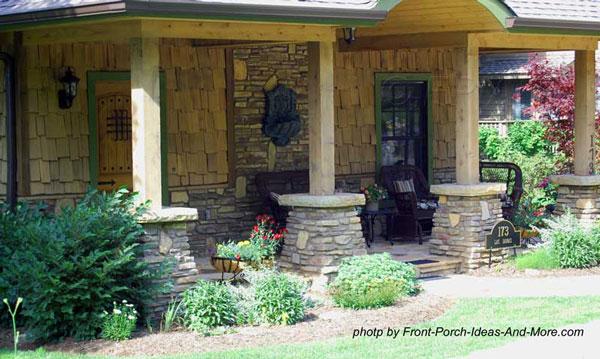 porch columns on stone pedastals