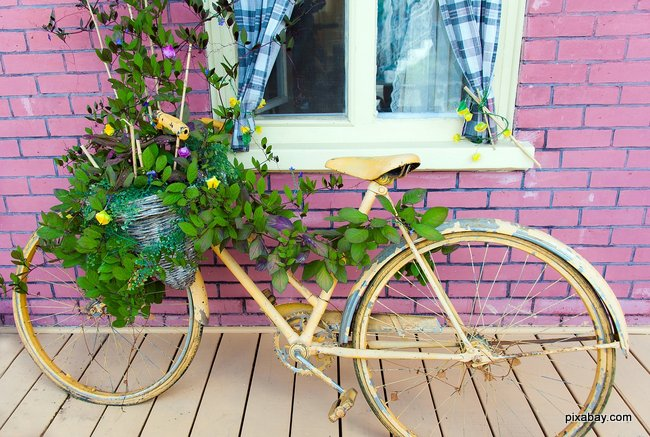 a vintage bike is a lovely decoration