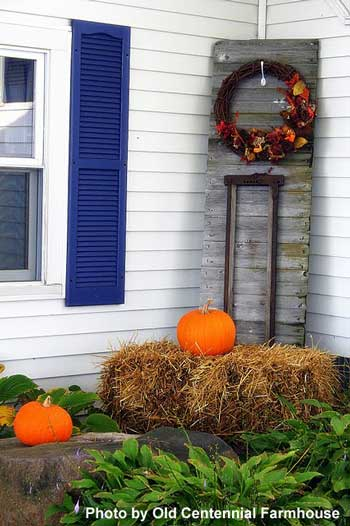 Decorating a stanchion on front porch