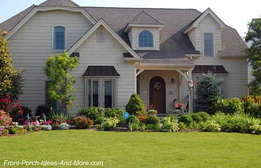 Perfectly landscaped porch