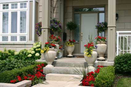 Symmetrical Plantings for Formal Look
