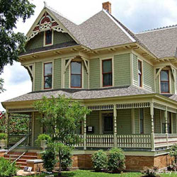 Victorian home with exterior house trim