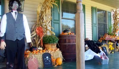 halloween and autumn decorations on front porch