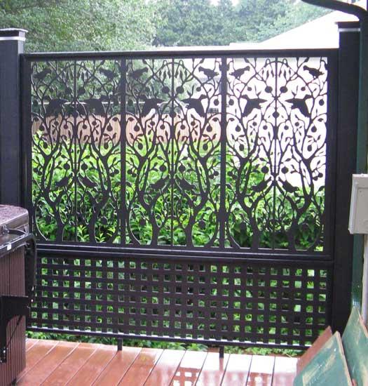 symetrical white lattice fence
