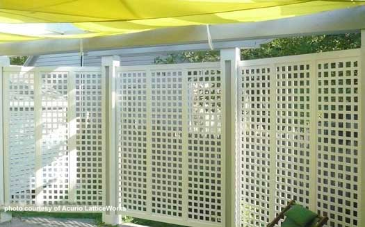 deck partitioned with vinyl lattice panels