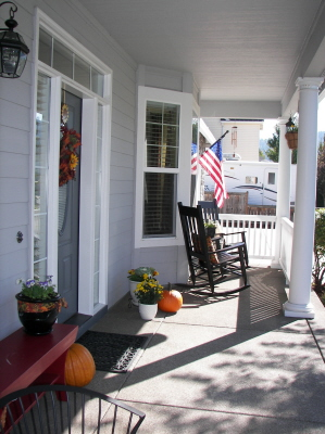 Loving Fall in Oregon Front Porch