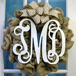 mongrammed burlap wreath for fall