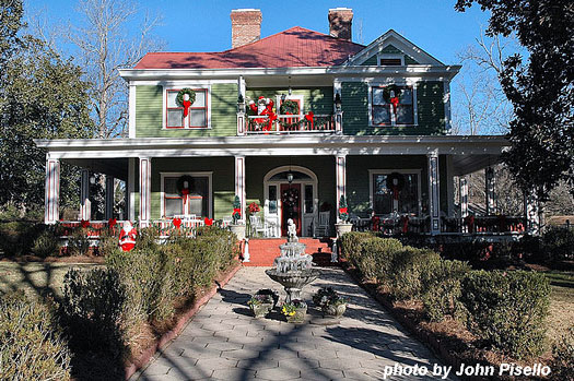 Wallace-Hollis front porch decorated for Christmas